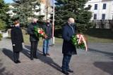 Obchody rocznicy zdobycia Szczecinka. Samorządowcy składają kwiaty [zdjęcia]