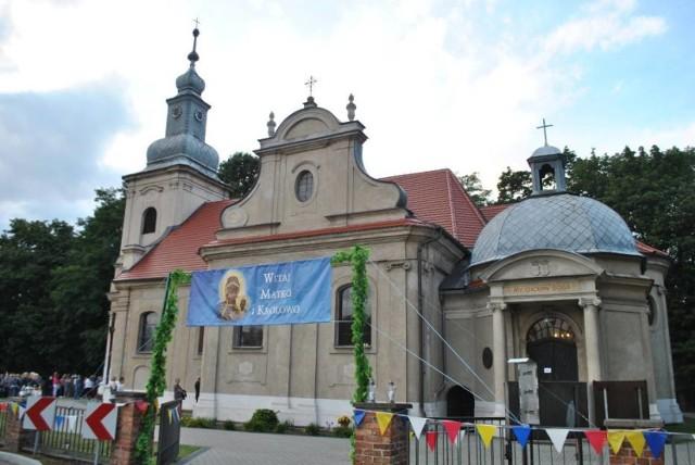 Piękny zabytkowy kościół