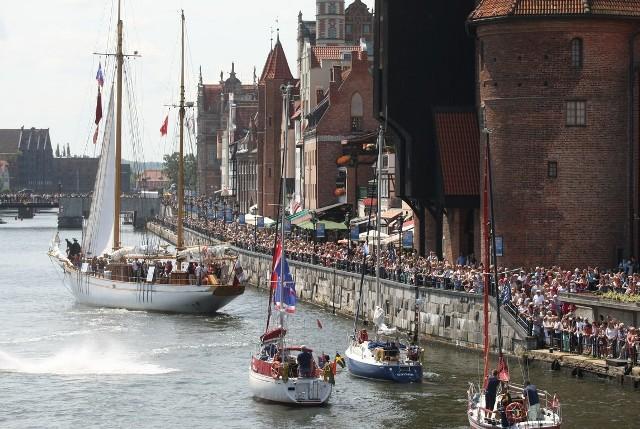 Paradę obserwowały tłumy gdańszczan i turystów.
