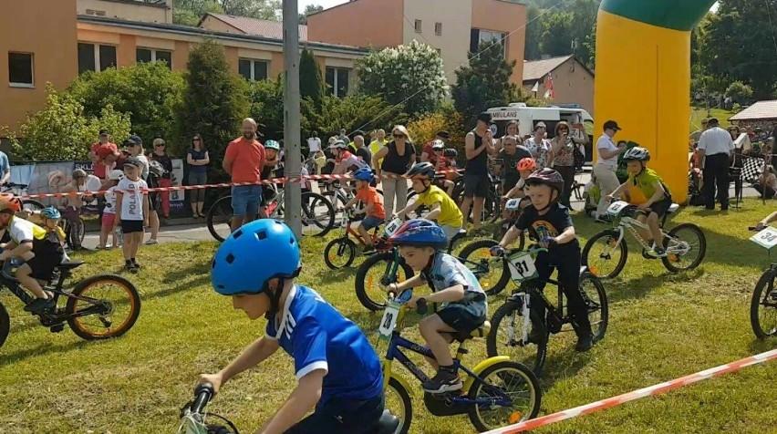 Młodzi kolarze rywalizowali w Walimiu w kolejnej edycji VI Pucharu MTB XC Aglomeracji Wałbrzyskiej