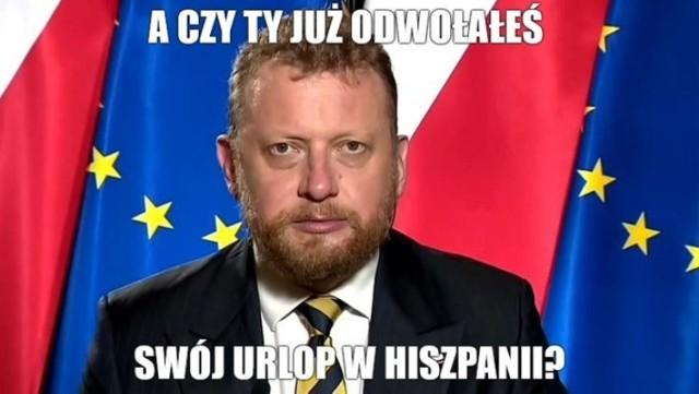 Łukasz Szumowski przyłapany na Wyspach Kanaryjskich. Zobacz memy internautów. Czy były minister zdąży wrócić z wakacji?
