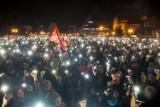 Rocznica śmierci Pawła Adamowicza. Gdańsk wspomni prezydenta. Mijają 2 lata od tragedii. Harmonogram uroczystości 13 - 14.01.2021