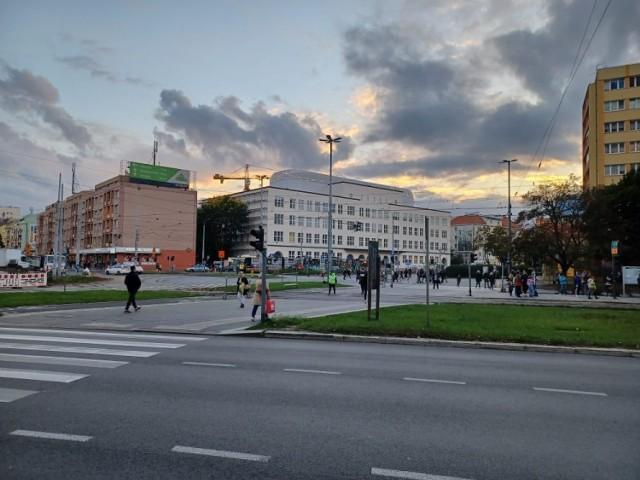 Nie działa sygnalizacja świetlna na pl. Rodła w Szczecinie