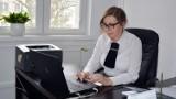 Radomsko: Na komisji rewizyjnej w powiecie o zatrudnieniu w starostwie i kontroli w II LO