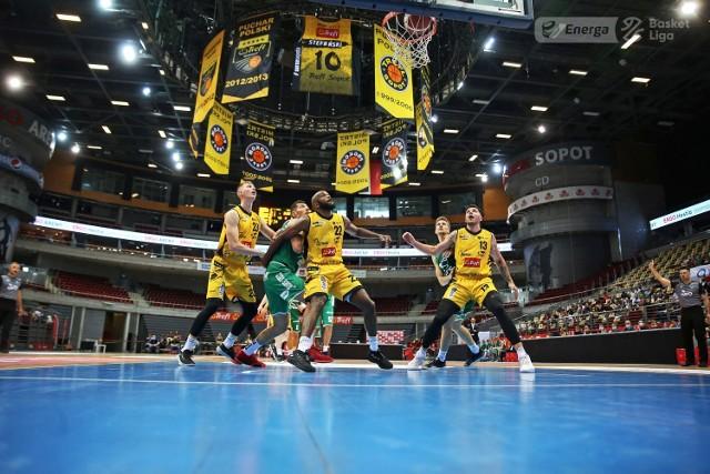 Koszykarze Trefla Sopot w play-offach rozpoczęli rywalizację ze Śląskiem Wrocław