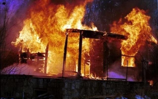 W nocy z 6 na 7 marca 2011 r. wybuchł pożar w klasztorze bernardynów w Alwerni. Ogień strawił cały dach nad kościołem i klasztorem.