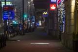 Sylwester 2020/2021. Pustki na ulicach Warszawy. Takiej stolicy nie widzieliście nigdy. Miasto wymarło