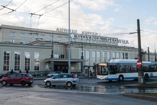 Gdynia Główna największą stacją pasażerską na Pomorzu wg raportu UTK