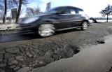 Łódź: miliony z miejskiego ubezpieczenia dla kierowców za szkody z powodu dziurawych dróg