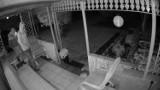 Bytom: Włamanie na terenie ogródków działkowych w mieście. Rozpoznajecie podejrzanych? Jeśli tak, skontaktujcie się z policją