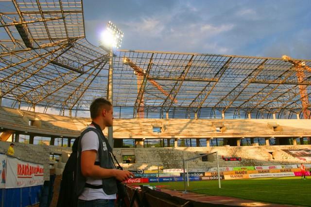 Budowa nowego stadionu Górnika Zabrze. Zdjęcia z meczu z Polonią Warszawa, 18 maja
