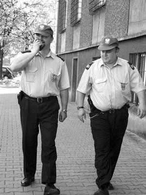 Od lipca etatowi policjanci będą patrolowali miasto wraz z kolegami, którzy dopiero uczą się tajników zawodu.