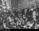 Jak wyglądały Święta Bożego Narodzenia w Warszawie? Ceremonie wojskowe i kolacje dla ubogich