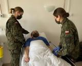 Terytorialsi szkolili się w Pruszczu z opieki medycznej nad pacjentem leżącym