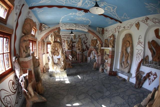 Galeria HOŁD KARPATOM