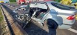 Wypadek pod Koninem. Jedna osoba poszkodowana w zderzeniu ciężarówki z samochodem osobowym