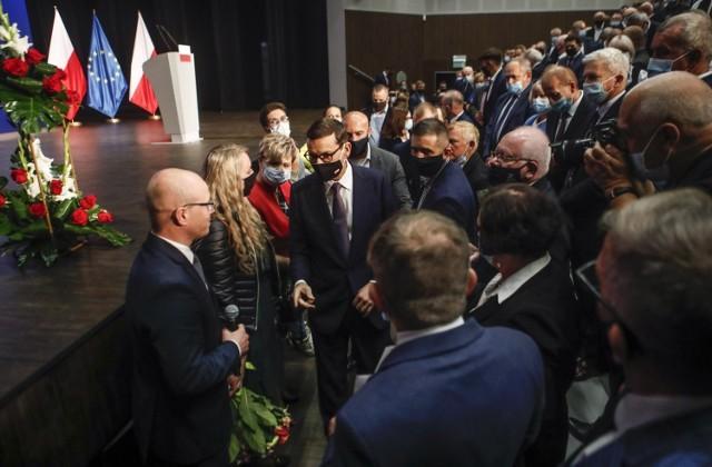 Premier Mateusz Morawiecki podczas spotkania w Przecławiu