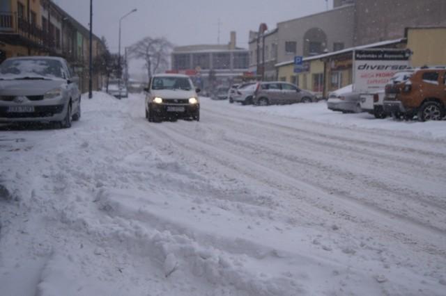 Zima w Radomsku warunki na drogach 8.02.21
