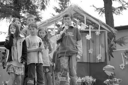 """Dąbrowianin Dawid Graczyk wyśpiewał pierwsze miejsce ,Małgośką"""" Maryli Rodowicz."""