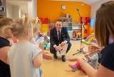 Praca w żłobku, Warszawa. Ratusz szuka chętnych i organizuje darmowe kursy