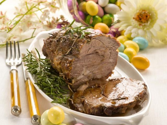 Zobaczcie nasze propozycje na pyszny, świąteczny obiad wielkanocny.