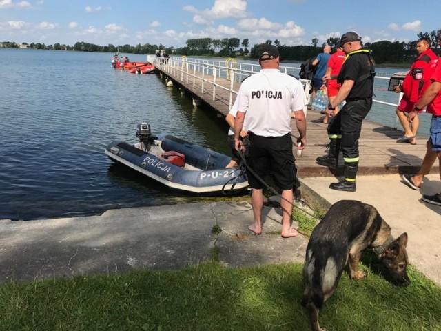 To już czwarty dzień akcji poszukiwawczej dwóch chłopców zaginionych na jeziorze wąsoskim (powiat nakielski)  Kamery namierzyły pijanego kierowcę w Bydgoszczy