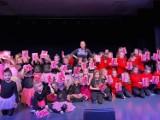 WSCHOWA. Na scenie Centrum Kultury i Rekreacji zaprezentowały się dzieci tańczące zumbę [ZDJĘCIA]