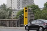 Warszawa. Fotoradary na moście Poniatowskiego. Średnio 214 naruszeń przepisów w ciągu doby. Rekordzista przekraczał prędkość 6 razy