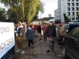 Drzewa w Łodzi znów wycięte! Deweloper wyciął drzewa na Rembielińskiego. Sąsiedzi nie zdążyli obronić drzew przed piłami