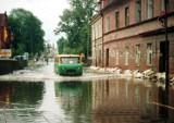 Unikalny film i zdjęcia z powodzi stulecia w Krośnie Odrzańskim. Tak wyglądało nasze miasto w lipcu 1997 roku