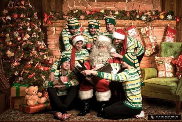 Świąteczna sesja zdjęciowa żużlowców Falubazu Zielona Góra.