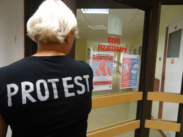 Od poniedziałku w Szpitalu Specjalistycznym w Pile trwa protest fizjoterapeutów i diagnostów laboratoryjnych