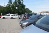 Gdynia. Ulotka ma pomóc wyedukować kierowców, jak należy parkować w mieście. To projekt przygotowany w ramach Budżetu Obywatelskiego