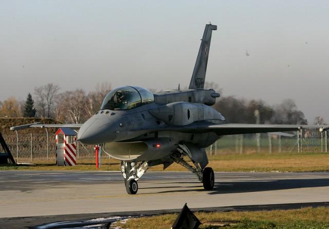 NIK ocenia, że lokalizacja bazy samolotów F-16 w Krzesinach była błędem