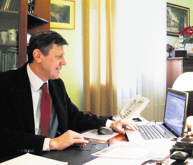 Burmistrz Marek Kupś od początku twierdził, że donos do prokuratury to atak polityczny