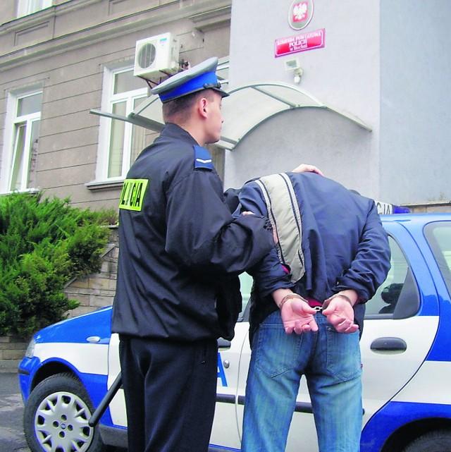 Najstarszy złodziej z szajki ma 28 lat, najmłodszy 25 - wszyscy trafili już do aresztu