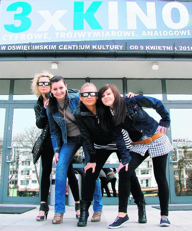 Klaudia, Marcelina, Asia i Kaja cieszą się, że w Oświęcimiu wreszcie pojawiło się kino