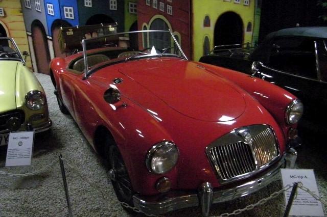 W Muzeum Motoryzacji pod Kaponierą będzie można obejrzeć różne modele kabrioletów