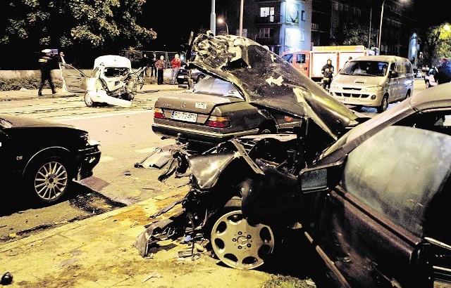 W 2009 roku na poznańskich Ogrodach pijany kierowca uderzył w taksówkę. Jej kierowca zginął