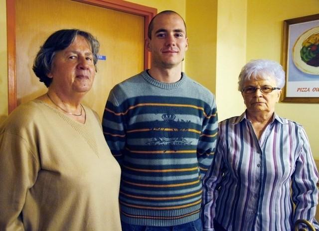 Halina Pieczyńska, Tomira Matuszczak i Piotr Odważny - laureaci konkursu cukierni Expressowa.