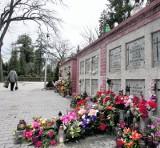 Pomorze: Na cmentarzach brakuje miejsc