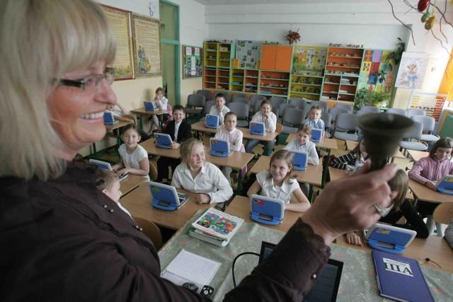 Dzieci nie mają żadnego problemu z obsługą netbooka, przyznaje Elżbieta Bryl