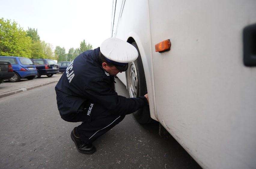Co dziesiąty z dopuszczonych do ruchu autobusów gminnych...