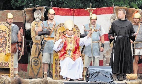 W czerwcu nad Malta mogliśmy oglądać fabularyzowaną historię miecza św. Piotra, który znajduje się w Poznaniu