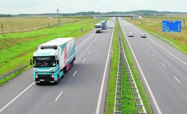 Autostradą A1 przejechało już ponad 20 milionów kierowców. Na razie trasa liczy 90 km