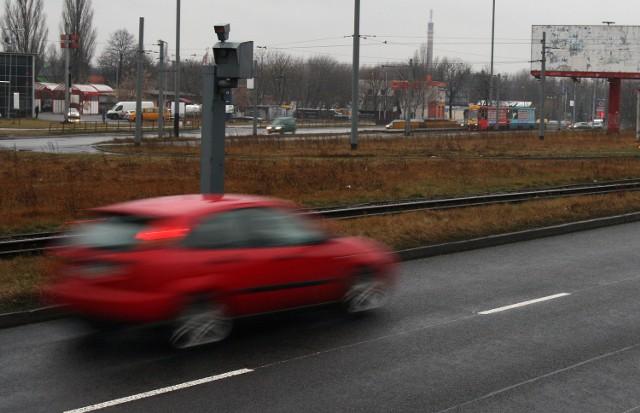 Przy drogach staną nowe fotoradary