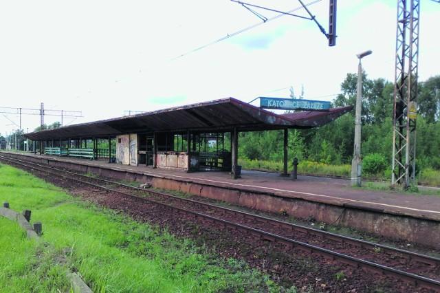 Dworzec w Załężu. Może mieć tytuł najbrzydszego w regionie?