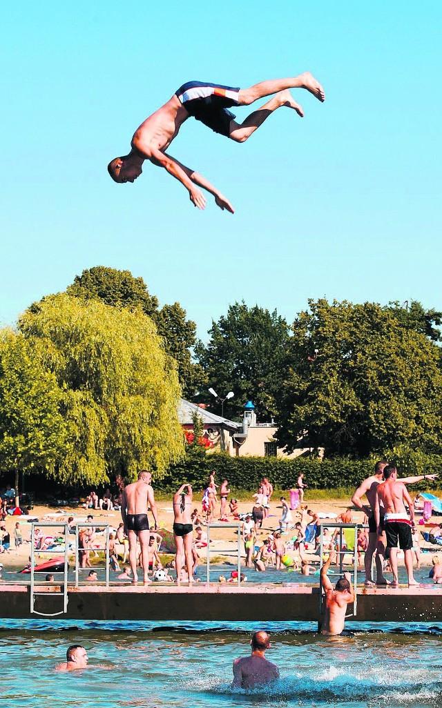 Większość dzieci, które zostaną w mieście, pójdzie na basen
