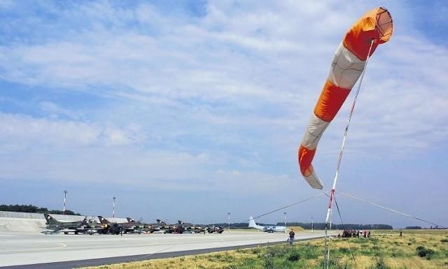 Ziemie w okolicach pasa startowego w Krzesinach mogą być przedmiotem sporu wojska ze spadkobiercami dawnych właścicieli