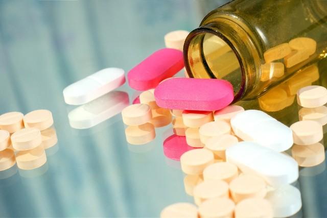 Leki refundowane: Mniej preparatów dla chorych na białaczkę